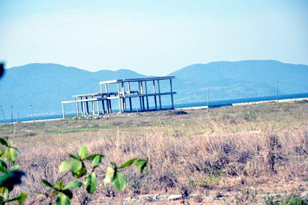 Chủ tịch Đà Nẵng đòi lại bãi biển bị đại gia chiếm giữ
