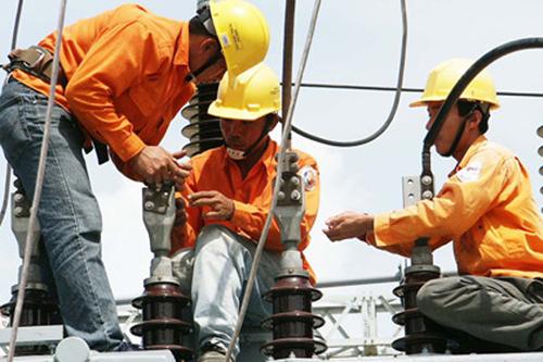 Nhà đầu tư nước ngoài lo Việt Nam thiếu điện vào năm 2018