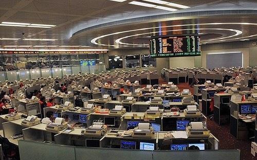 """Sếp """"biến mất"""", cổ phiếu công ty Trung Quốc rơi tự do"""