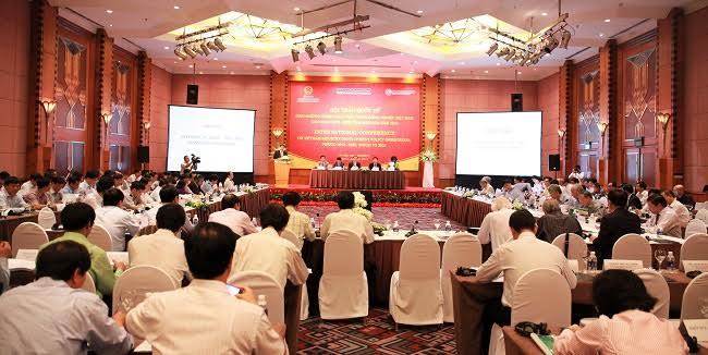 Ban Kinh tế T.Ư tham vấn chuyên gia quốc tế về phát triển công nghiệp