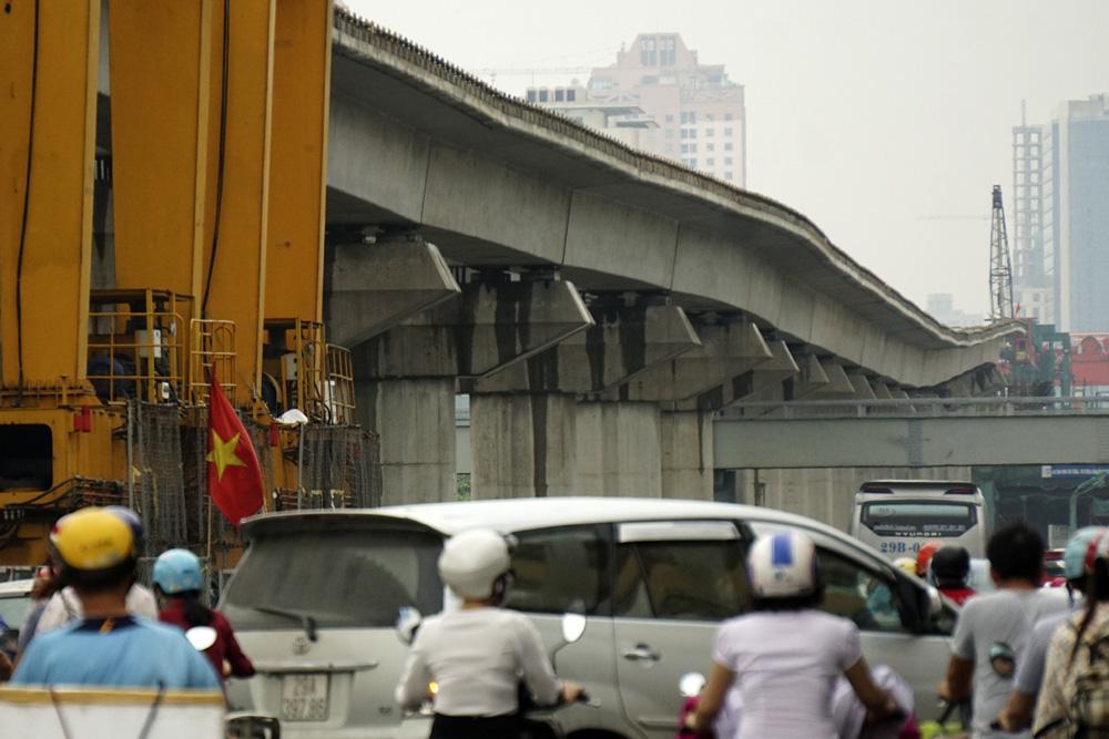 Tại sao đường sắt đô thị Cát Linh - Hà Đông uốn lượn?