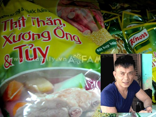 Nguyễn Tất Hùng bên lượng lớn bột nêm giả làm từ bột nêm Trung Quốc