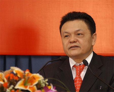 Tuần 'ông lớn' thay tướng, Phạm Nhật Vượng kiếm hơn 3.500 tỷ/tháng