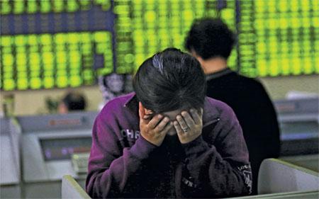 Chứng khoán Trung Quốc lao dốc, hàng loạt tỷ phú, triệu phú