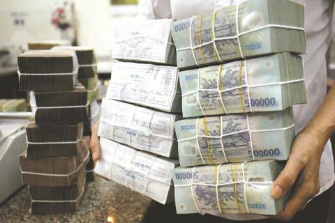 TS Bùi Kiến Thành: Không phải cứ thiếu tiền thì đi vay
