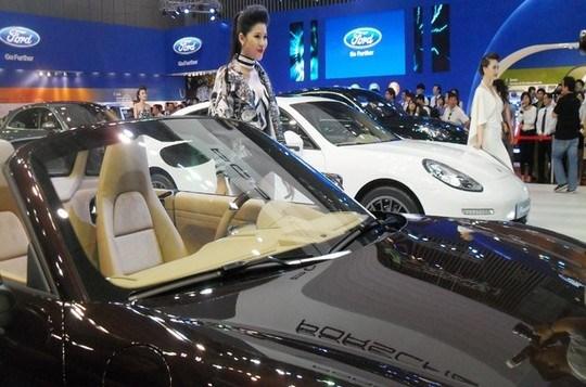 VAMA: Khó có thể nói trước thời điểm giá xe ô tô giảm