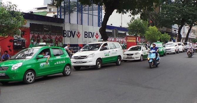 Uber, Grab - taxi truyền thống: