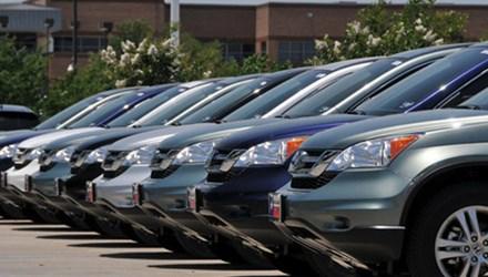 Việc sắm mới ô tô công trong năm 2016 sẽ bị hạn chế tối đa