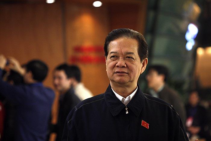 Thủ tướng Nguyễn Tấn Dũng (trái) và Phó Thủ tướng Nguyễn Xuân Phúc (phải)