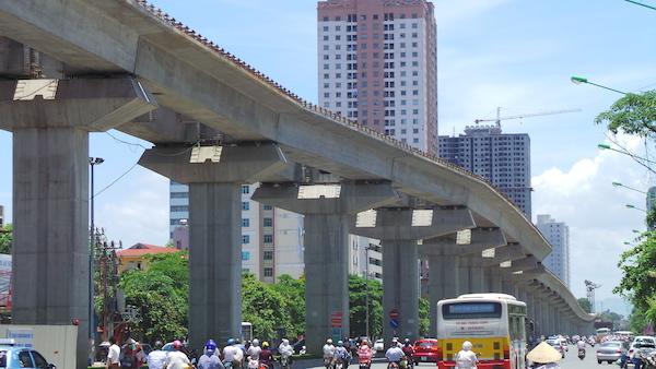 Dự án đường sắt trên cao Cát Linh - Hà Đông được đánh giá là bài học trong việc triển khai dự án dựa vào vốn vay, nhà thầu Trung Quốc.