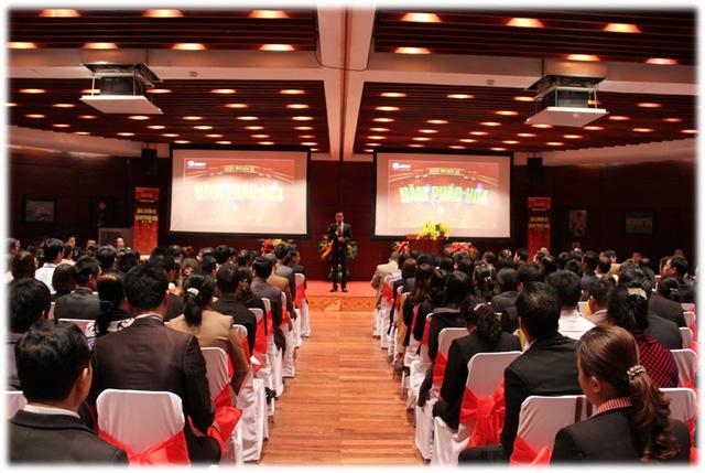 Một lễ phát thưởng có khoảng 3000 người tham gia của Thăng Long Group nhưng nhiều thông tin phát thưởng là sai lệch