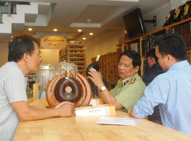 Gia Lai: Đình chỉ 9 cơ sở sản xuất rượu thủ công