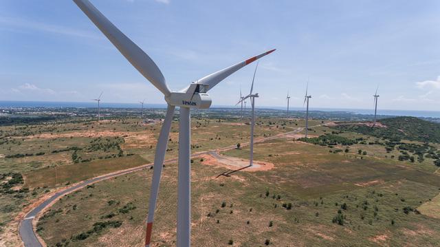 Toàn cảnh điện gió Phú Lạc
