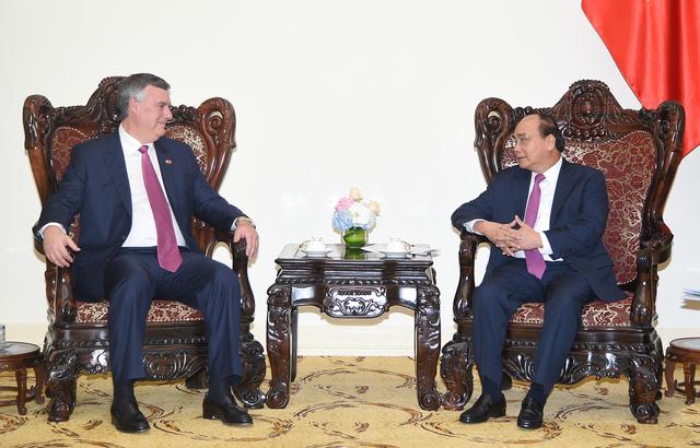 Thủ tướng đề nghị Boeing hỗ trợ Việt Nam bay thẳng tới Hoa Kỳ
