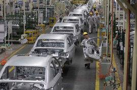 Giải cơn khát ô tô, mỗi ngày Việt Nam chi trên 300 tỷ đồng nhập xế hộp, linh kiện
