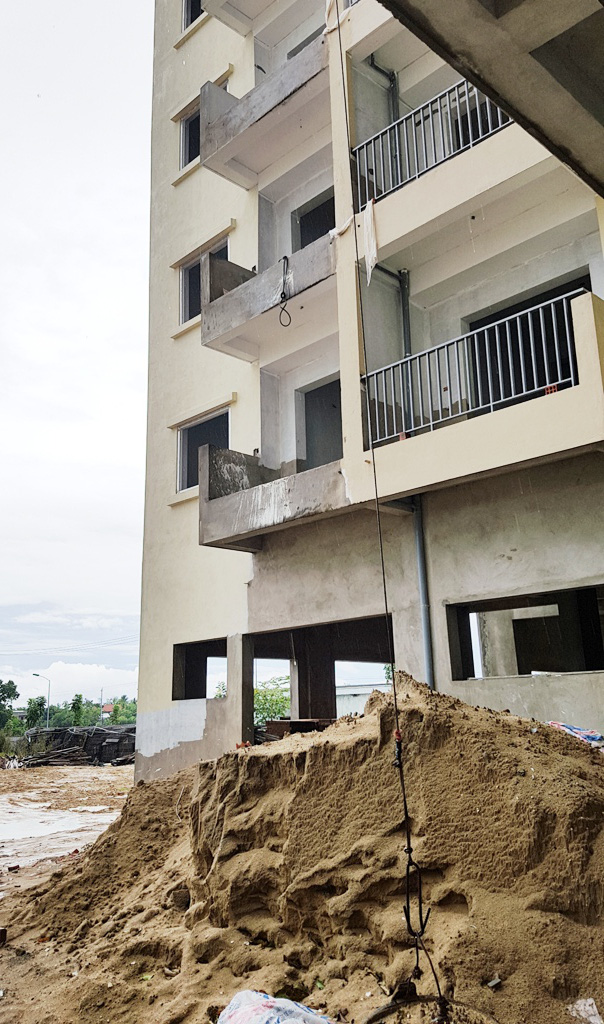 """TP Huế: Dự án Nhà ở xã hội Aranya Huế chậm tiến độ, ì ạch như """"rùa bò"""""""