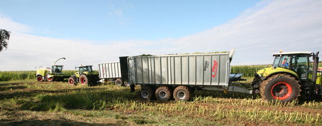 Máy móc, thiết bị hiện đại bậc nhất thế giới của tập đoàn TH đang hoạt động trong các dự án tổ hợp sản xuất sữa tại Nga