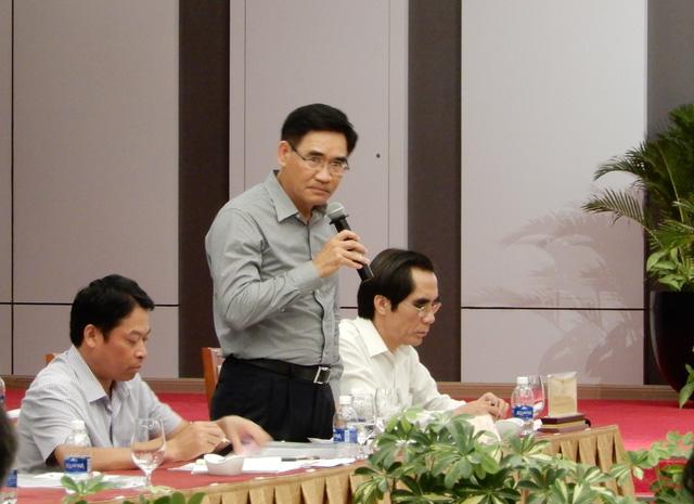 Phó chủ nhiệm Ủy ban Các vấn đề xã hội Bùi Sĩ Lợi cho rằng việc thu hồi đất một lần cần tính toán kỹ