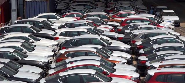 Nghị định về ô tô thiếu thông tư, hải quan gặp hàng loạt vướng mắc