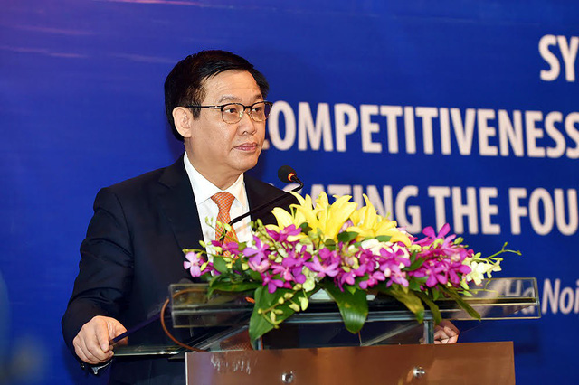 Phó Thủ tướng nói về cuộc cạnh tranh giữa taxi truyền thống và taxi công nghệ