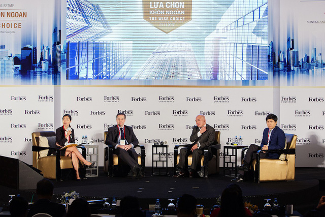 """Hội nghị Bất động sản 2017 với chủ đề """"Lựa chọn khôn ngoan"""" diễn ra tại TPHCM ngày 21/11."""