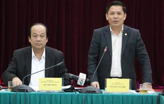 """Tư nhân làm xong sân bay Vân Đồn, Nhà nước vẫn """"loay hoay"""" bàn Tân Sơn Nhất"""