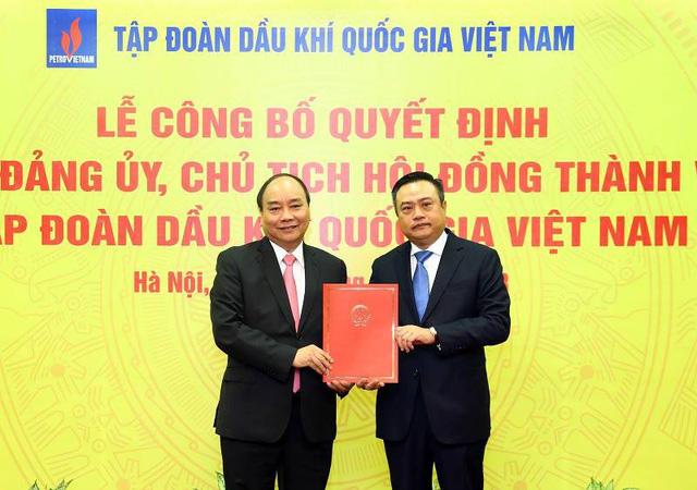 Trao quyết định cho Tân Chủ tịch PVN, Thủ tướng nói: