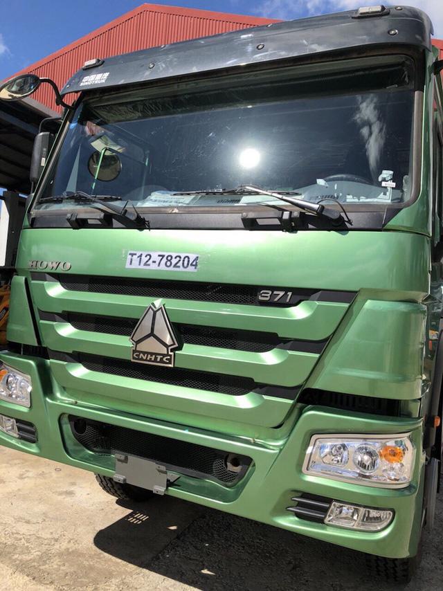 Chiếc xe tải 15 tấn trị giá 1,3 tỷ đồng được anh Thủy mua về để kiếm thêm thu nhập hàng tháng