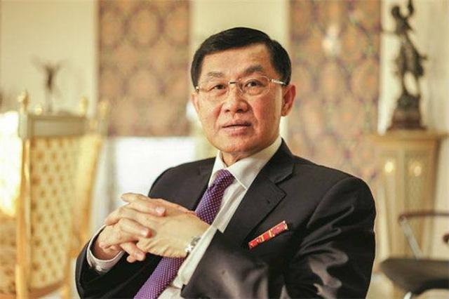 Ông Jonathan Hạnh Nguyễn- một doanh nhân khá nổi tiếng