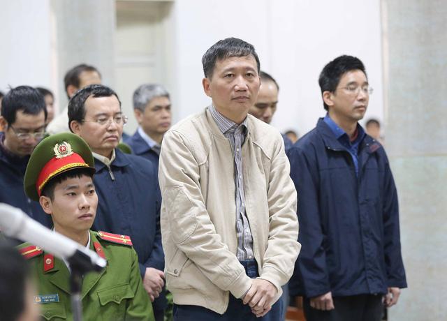 Bị cáo Trịnh Xuân Thanh và đồng phạm tại phiên tòa. Ảnh: Doãn Tấn – TTXVN