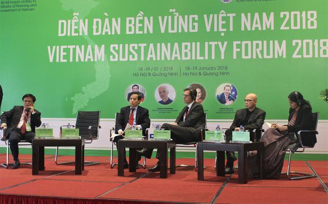 Các chuyên gia cho rằng, nền kinh tế Việt Nam sẽ tốt hơn nếu bảo đảm được tính minh bạch và công bằng. (Ảnh: Hồng Vân)