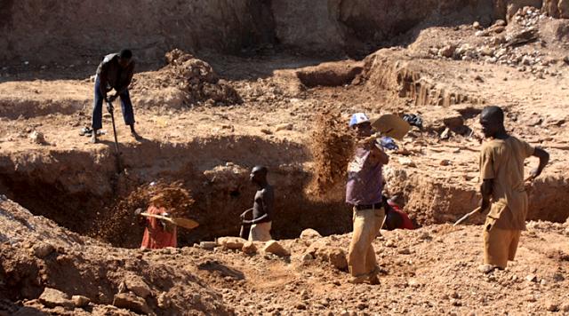 Bị thất thoát quá nhiều kim cương, Zimbabwe quyết mở cửa cho nhà đầu tư ngoại