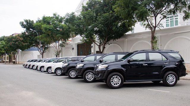 Lịch nghỉ cận Tết Nguyên đán, xe cho thuê bắt đầu tăng giá, kén khách