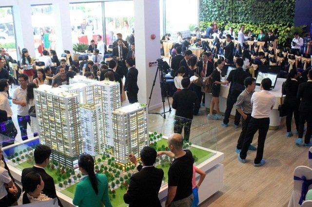 Nghịch lý thời ế: Chậm chân đến sau mua nhà rẻ hơn cả trăm triệu đồng