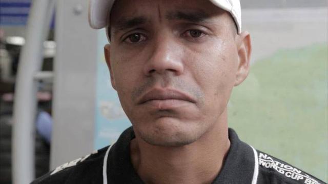 Anh Luis Alfredo Rivas, 32 tuổi ước mơ có một cuộc đời ở Colombia và gia đình anh được đoàn tụ tại đây. (Ảnh: Jose A. Iglesias)