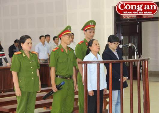 Phiên xét xử sở thẩm vụ án tham ô, làm trái diễn ra tại Procimex Việt Nam (ảnh: CA Đà Nẵng)