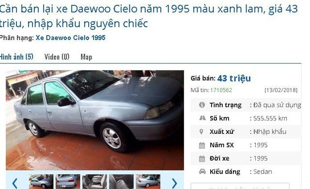 Chiếc Daewoo Cielo năm 1995 màu xanh lam này đang được rao bán giá 43 triệu, xe nhập khẩu nguyên chiếc.
