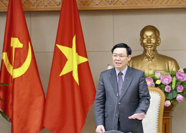 Phó Thủ tướng Vương Đình Huệ chủ trì cuộc họp xử lý 12 dự án yếu kém của ngành công thương