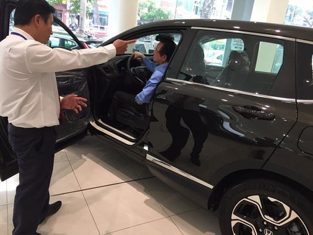 TPHCM: Thị trường ô tô ảm đạm sau Tết, nhiều ưu đãi bị cắt giảm