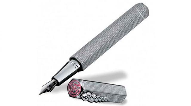 Chiếc La Modernista Diamonds của hãng Caran DAche có giá hơn 6 tỷ đồng. (Nguồn: SCMP)