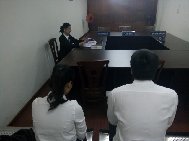 Vợ chồng ông Đặng Lê Nguyên Vũ lại tranh chấp quyền giữ con dấu công ty
