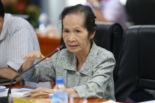 Chuyên gia Phạm Chi Lan: Tăng thuế bảo vệ môi trường với xăng dầu còn thiếu minh bạch