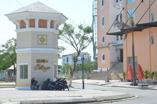 Làng biệt thự này được xem là khu phố sang trọng bậc nhất Đà Nẵng