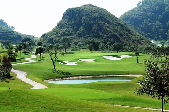 Bất thường: Hàng loạt sân golf nghìn tỷ đồng được xem xét đưa vào quy hoạch