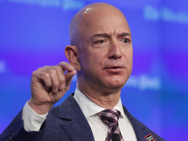 Ông chủ Amazon giàu đến mức tiêu 88.000 USD chỉ như người bình thường tiêu 1 USD