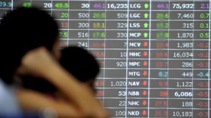 Thị trường lấy lại 3 tỷ USD: Thời khắc tuyệt vời mua cổ phiếu?