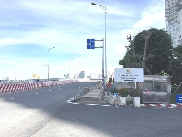 """TPHCM: Phát hoảng với giá đất """"trên trời"""" ở đảo Kim Cương"""
