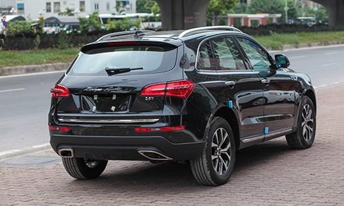 Chiếc xe SUV của hãng xe Trung Quốc về Việt Nam đang làm dậy sóng dư luận khi thiết kế đẹp mắt, giá rẻ lại có máy Nhật. Tuy nhiên, hiện doanh số bán xe Trung Quốc ở đại lý vẫn rất thấp.
