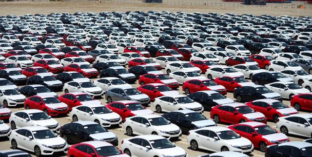 TPHCM mong thu thêm 4.000 tỷ đồng cho ngân sách nhờ... xe sang