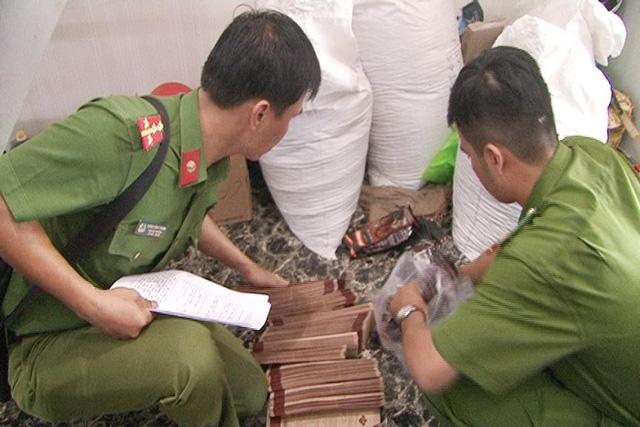 Công an thị xã Hương Thủy kiểm tra tại cơ sở sản xuất cà phê giả thương hiệu